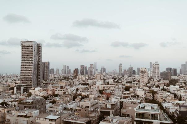 ביחד ומרחוק – השפעת משבר הקורונה על המבנה העירוני והשטחים הפתוחים
