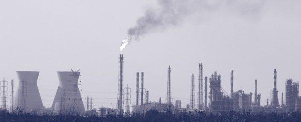 חוק אוויר נקי, ערכי סביבה, הסדרת מפעלים ודילמות