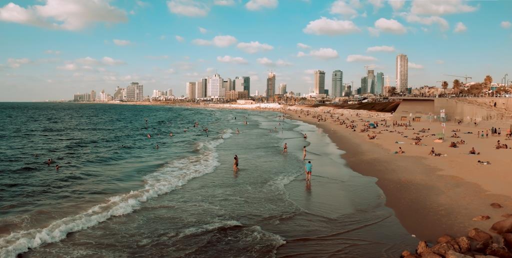עם הפנים לים – מדדים לקיימות בערי החוף של ישראל