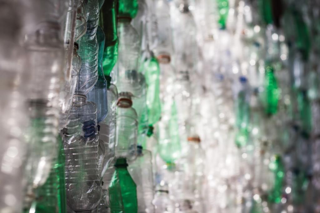 לא עוזר למחזר – איסוף אריזות פלסטיק אינו תורם לסביבה