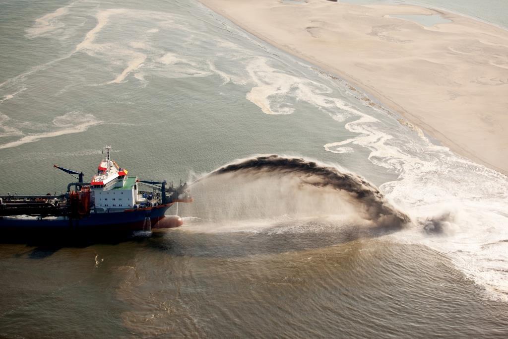 ההשפעות הסביבתיות של כריית חול ימי